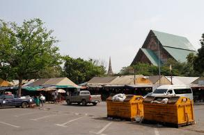 Trespassing vendors ordered out of old temple