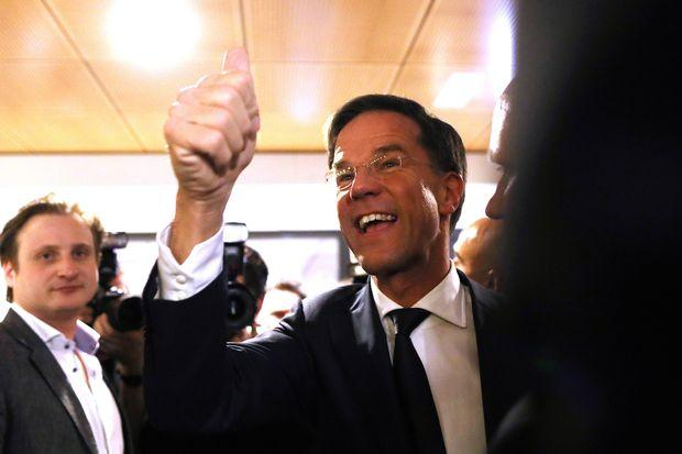 Dutch elections: Political leaders cast votes