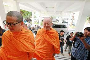Key Dhammakaya monk acknowledges charge