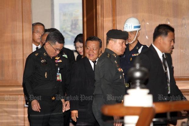 Pheu Thai rejects Prawit's reconciliation panel