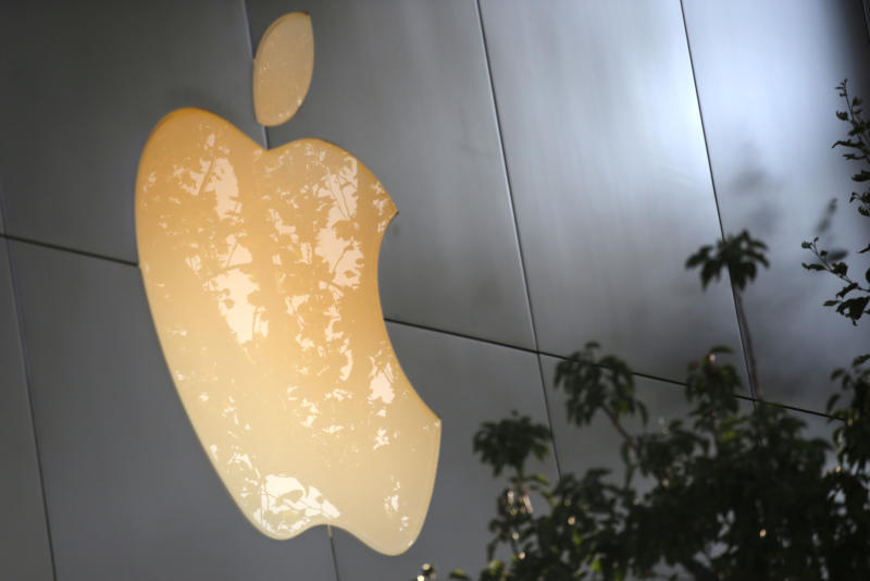 Apple drives further into Facebook, Snap territory with video app