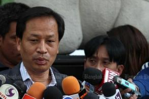 Pracha sues to overturn corruption impeachment