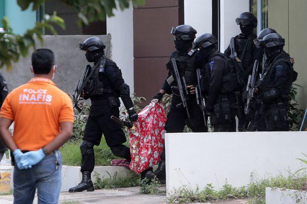Indonesian police arrest militants setting up jihadi camp