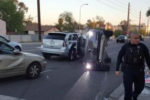 Uber halts self-driving car programme after US crash