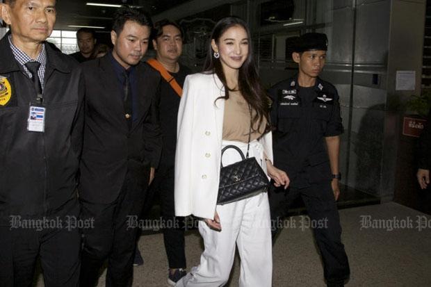 'Patt' postpones explanation of her income | Bangkok Post: news