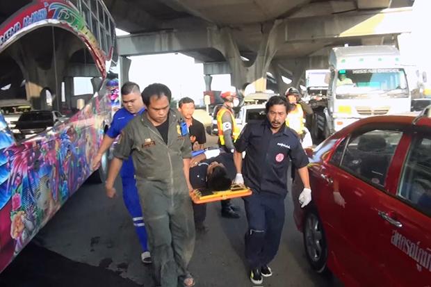 18 injured in Bang Na-Trat pileup