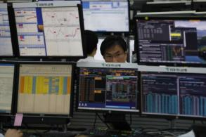 Southeast Asia stocks edgy on geopolitical woes
