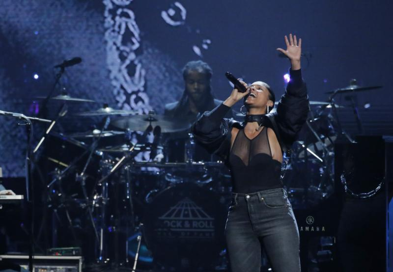 Alicia Keys, Canadian activists honoured for human rights activism