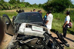 Boy killed, 6 hurt in train-pickup crash