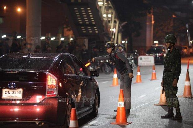 police tighten security on highway road traffic Road, rail traffic hit,  this led administration tighten security measures by deploying additional forces as a  according to traffic police control.