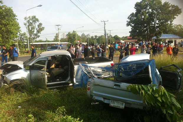 Pickups collide, 3 killed, 14 injured