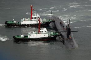 US submarine makes S.Korea port call, North remains defiant