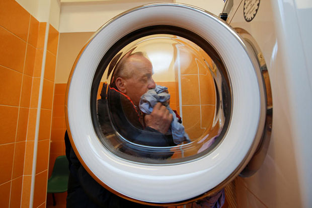 'Pope Francis' Laundry' opens in Rome