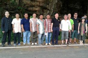Japanese tourists flock to Tak's 'Samurai' cave
