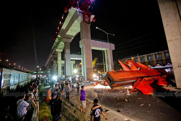 Red Line crane collapse kills three | Bangkok Post: news