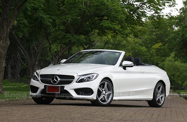 Mercedes benz c300 cabriolet amg dynamic 2017 review for Mercedes benz c300 review 2017