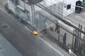 Man sets himself on fire in front of Iranian embassy