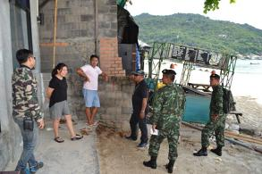 Encroachers on full-moon party beach given ultimatum