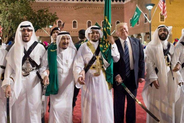 Iran hits back at Trump after Islam speech, Saudi arms deal