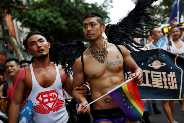 Taiwan court set to rule on same-sex marriage