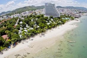 Hua Hin hotels push airport redo