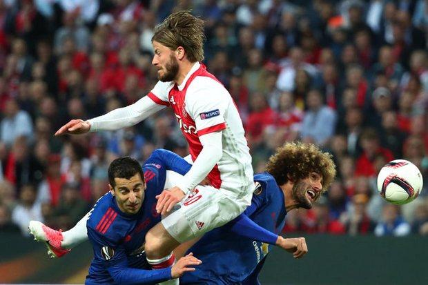 Man United win Europa League title