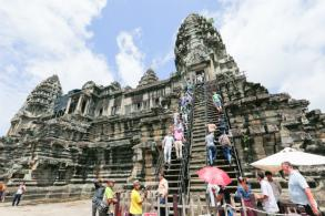 Angkor Wat voted world's top tourist site
