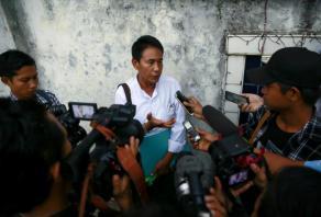 Myanmar police arrest journalists over satirical story