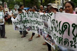 Phuket villagers march to demand land rights