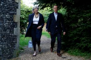 Britain's May seeks deal with N. Ireland party