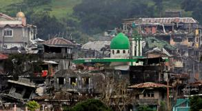 Philippines: Islamist fighters trapped in besieged town