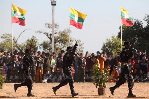 Myanmar army arrests reporters covering Shan drug-burning | Bangkok Post: news