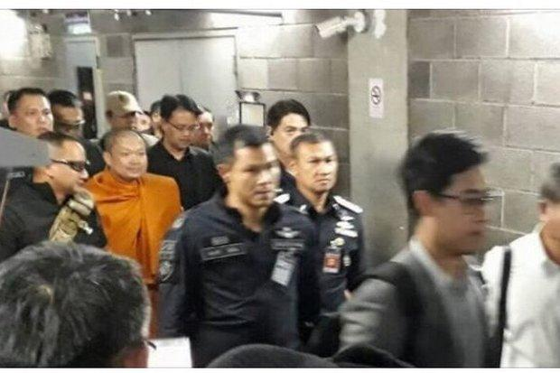 US Extradites Fraudulent, Womanizing Monk To Thailand For Prosecution