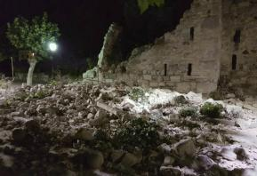Greece: Quake kills 2, sends island tourists into panic