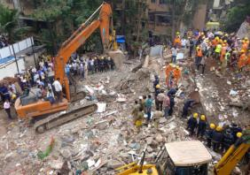 Mumbai building collapse kills at least 4, many feared trapped