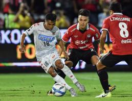Chanathip impresses Consadole Sapporo team boss