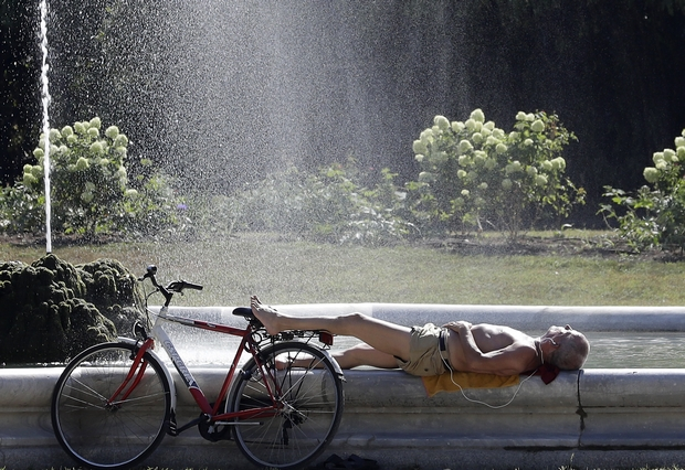 'Lucifer' heat wave bakes Europe