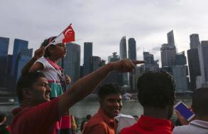 Singapore's economy healthier than expected in Q2