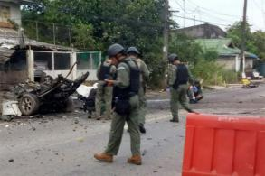 Stolen pickup explodes outside police houses in Pattani