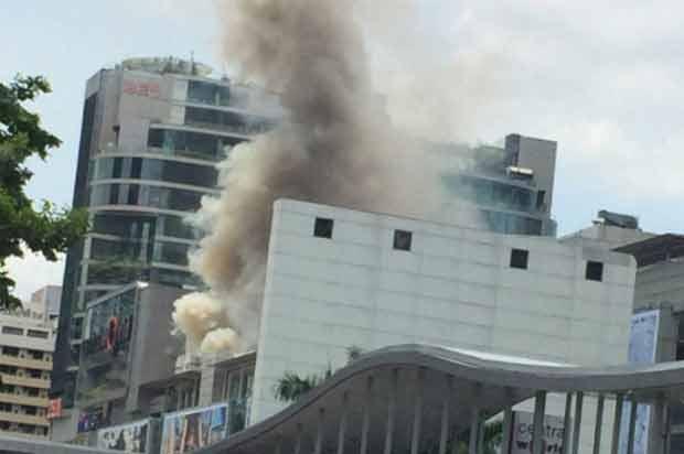 Small fire hits restaurant at CentralWorld | Bangkok Post: news