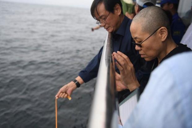 Liu Xia asks for 'time to mourn'   Bangkok Post: news