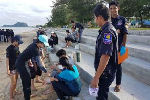 Poisonous jellyfish invade Pran Buri beach, sting tourists
