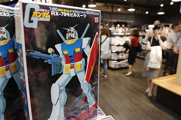 Gundam robot statue to be unveiled in Tokyo in Sept | Bangkok Post: news