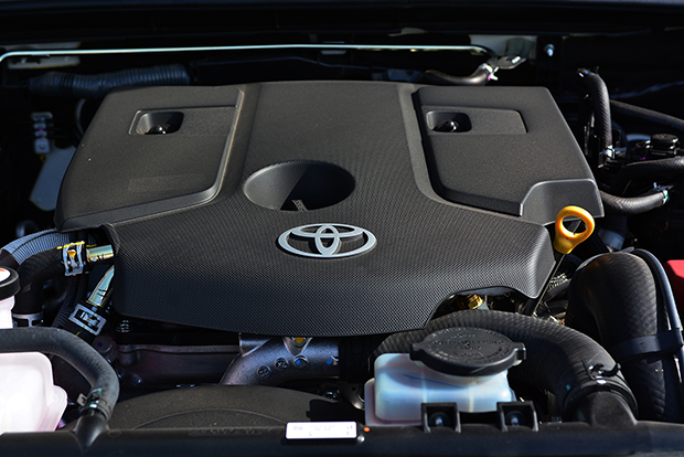 Toyota Fortuner 2 4 V 4WD (2017) review | Bangkok Post: auto