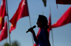 Former loyalists lose faith in Myanmar's democracy icon