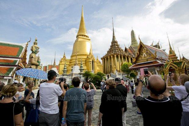 Govt sets B3 trillion tourism target