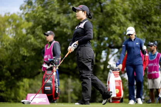 Ko in hunt for major crown in France