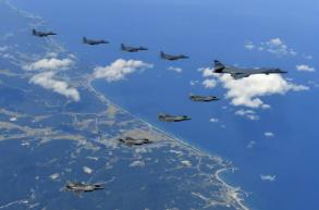 US stealth jets, bombers fly near inter-Korean border