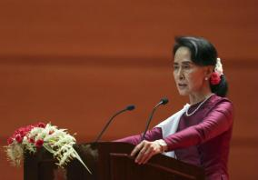 Suu Kyi: Myanmar ready to welcome back refugees