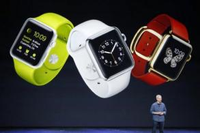 New Apple watch has 'connectivity glitch'